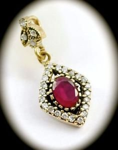 DIAMOND SHAPED Vintage Ruby Gem SOLID 925 STERLING SILVER NECKLACE PENDANT Gold