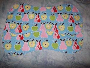 Adorable Apples & Pears Burp Cloths