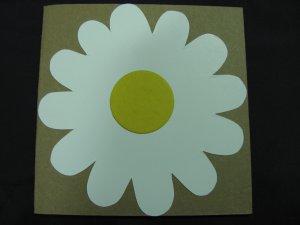 (FLR 01) White Daisy Handmade Greeting Card