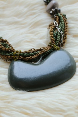 NL09 New Unique Fashion Style Wooden Party or Wedding Necklaces & Pendants