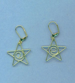Gold Wire Star Earrings