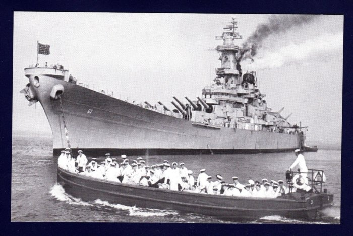 USS MISSOURI BB-63 Batleship Navy Ship Postcard