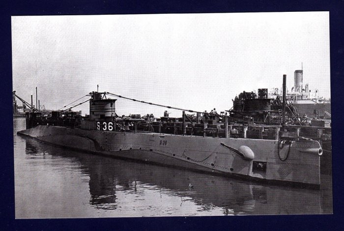 USS S-36 (SS-141) Submarine Navy Ship Postcard