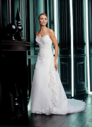 Wedding Dress 2701
