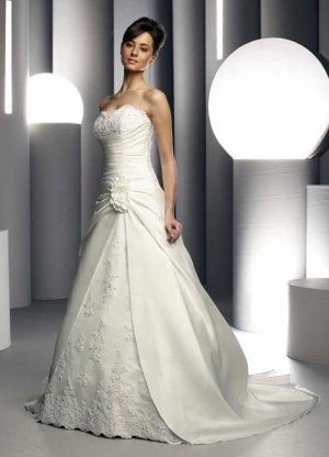 Wedding Dress 2875