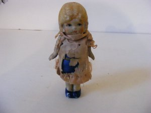VINTAG ANTIQUE-EXTREMELY RARE DOLL-CERAMIC WITH MOVING SOCKET ARMS