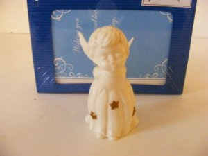 DECORATIVE-COLLECTABLE LEFTON KISSING ANGEL