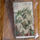 Snowdrop Garden Flower stamp pin lapel pins hat 3028 s