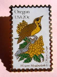 Oregon Western Meadowlark Grape stamp pin hat pins 1989 S