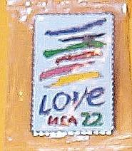 Crayon Love stamp pin lapel pins tie tac hat new 2143w