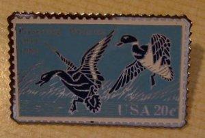 Mallards Ding Darling Wetlands Duck stamp pin hat 2092 s