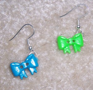 Funky Plastic Bows Earrings