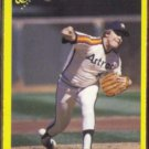 MIKE SCOTT 1990 Classic Yellow #123.  ASTROS