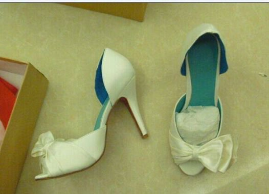 white  D'orsay  bow bridal shoe