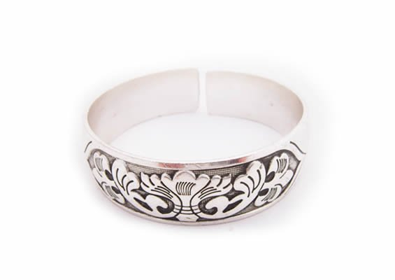 miao silver jewelry bracelet�beautiful wide spindrift