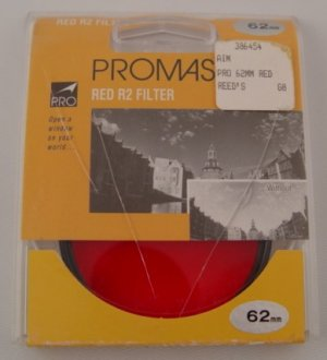 Promaster Medium Red R2 62mm Filter