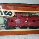 "TYCO HO SCALE ""SANTA FE"" ATSF 8 WHEEL CABOOSE WITH BOX"