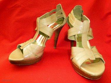 STUART WEITZMAN $365 Nude Patent Leather TEENY Platform Strappy Heels - Size 8US