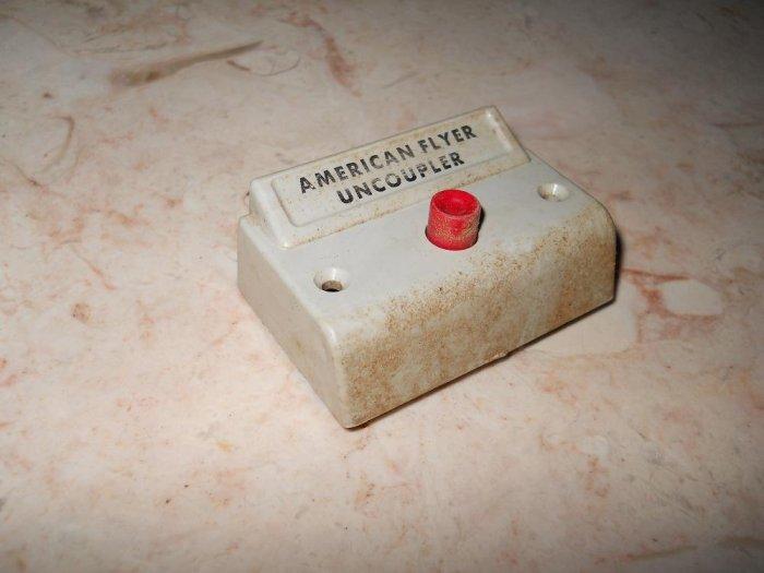 American Flyer - Uncoupler