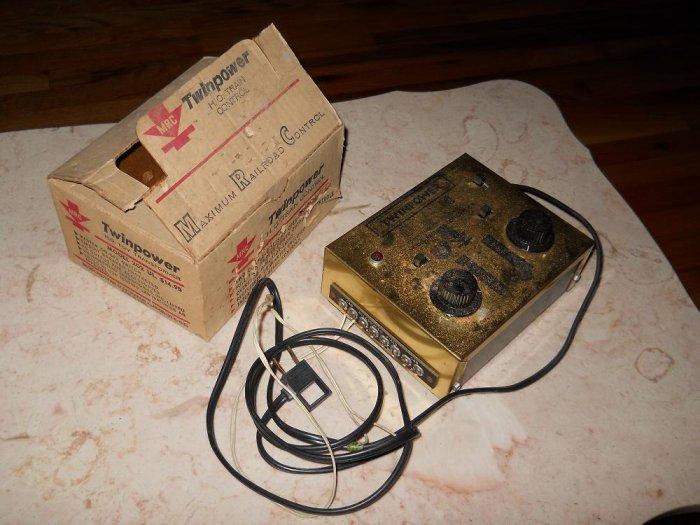 MRC - Transformer - Twinpower Model 202 - Includes Original Box