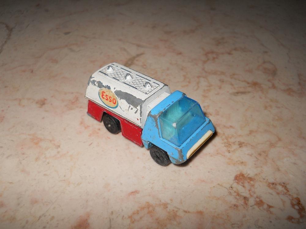Esso Truck - Playart