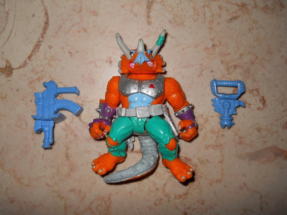 Triceraton - Playmates - 1990 - Teenage Mutant Ninja Turtles - Complete