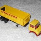 Articulated Tipper Truck - #K18 - Matchbox - Super Kings - Yellow - Metal - 1973