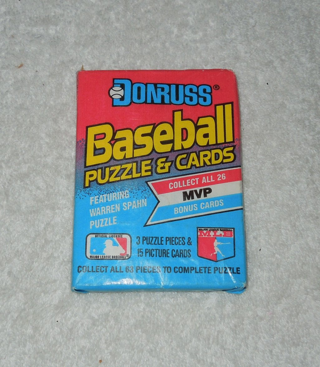 Leaf Donruss - New, Unopened Pack Of Baseball Cards - 1989 - Warren Spahn Puzzle Pieces