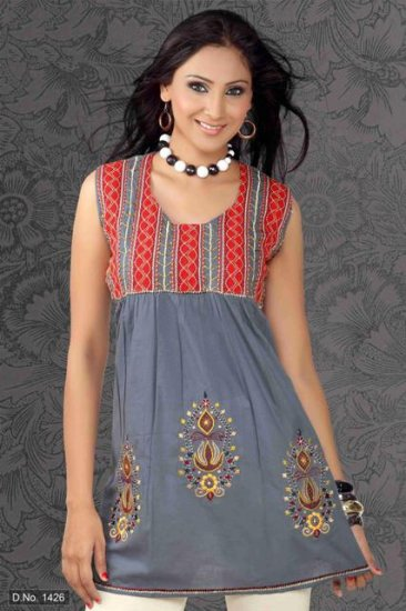 Ladies cotton Embroidered sleeve less Tunic/Top