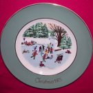 Avon Christmas Plate 1975-Skaters On The Pond-9 inch Vintage Excellent Condition