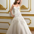 V0149 Amazing Sweetheart A-line Zipper Sweep Train Beaded Wedding Gowns
