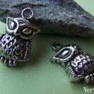 10 pcs Antique Silver Lovely Owl Charms 13x16mm A1837