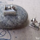 10 pcs of Antique Silver Sewing Machine Charms 12x15mm A4367