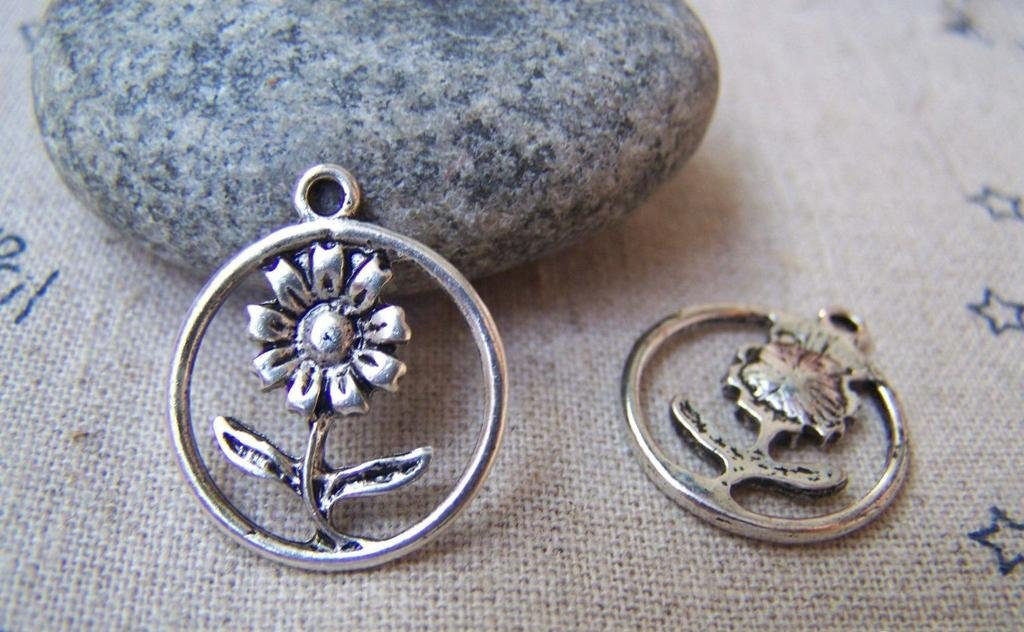 10 pcs Antique Silver Small Sunflower Ring Charms A972