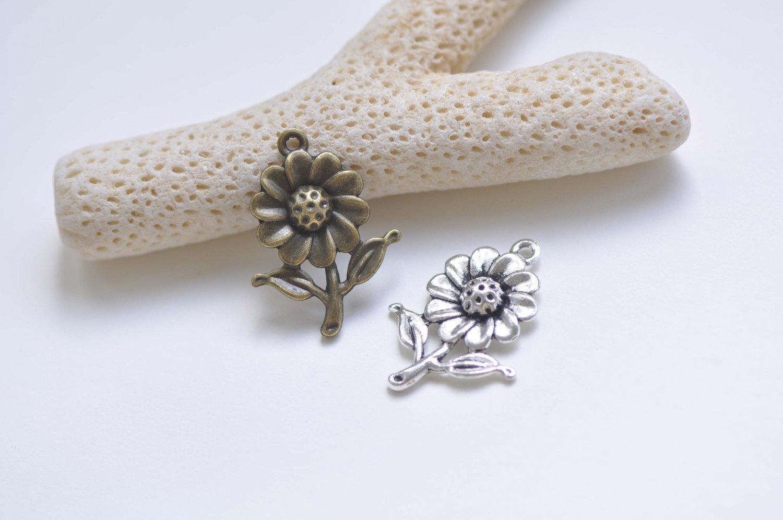 20 pcs Antique Bronze/Silver Sunflower Charms Pendants Antique Bronze