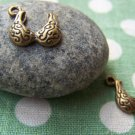 20 pcs of Antique Bronze Lovely Swirly Bra Charms 14x15mm A527
