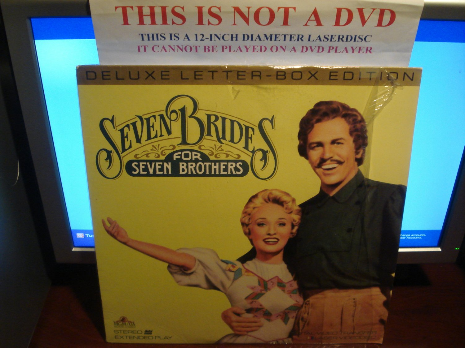 Laserdisc SEVEN BRIDES FOR SEVEN BROTHERS (1954) Jane Powell Lot#1 DLX LTBX LD
