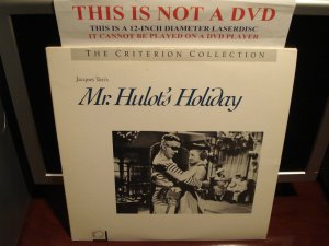 LD Criterion MR. HULOT'S HOLIDAY (1953) Jacques Tati Lot#2 CAV Laserdisc [Cat: CC2229L Spine: 21]