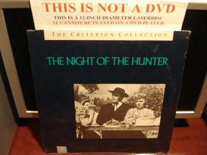 LD Criterion THE NIGHT OF THE HUNTER (1955) Lot#3 SEALED CLV Laserdisc [CC1128L Spine 28]