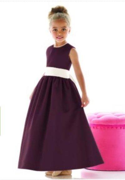 Dessy 4021.....Flower Girl / Special occasion Dress.....Bordeaux....Sz 6
