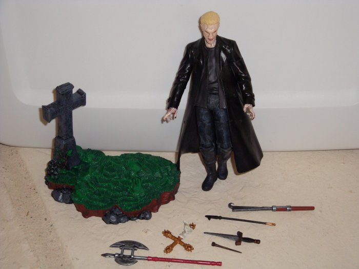 Spike Vampire Face Moore Action Collectibles Buffy The Vampire Slayer Loose with Weapons
