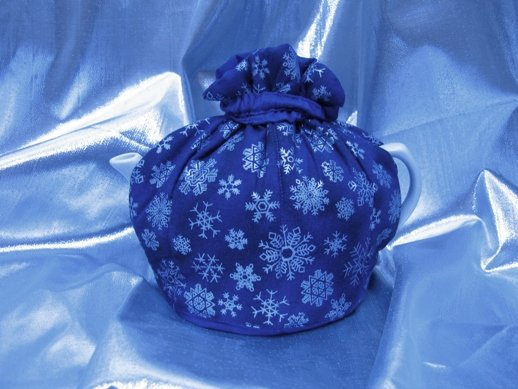 Snowflakes Small Tea Cozy