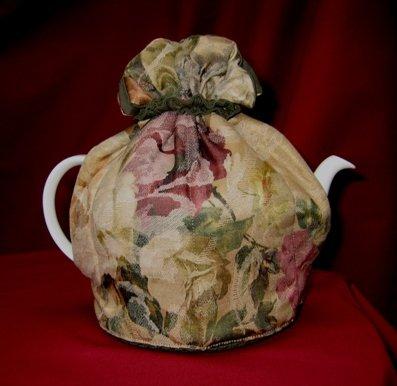 Hampton Court Small Tea Cozy