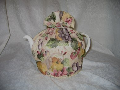 Evesham Orchard Tea Cozy Small