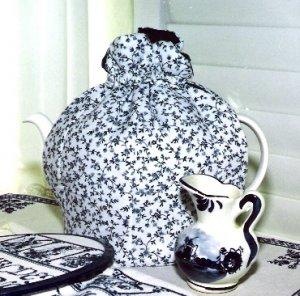 Cornwall Cottage Tea Cozy Large