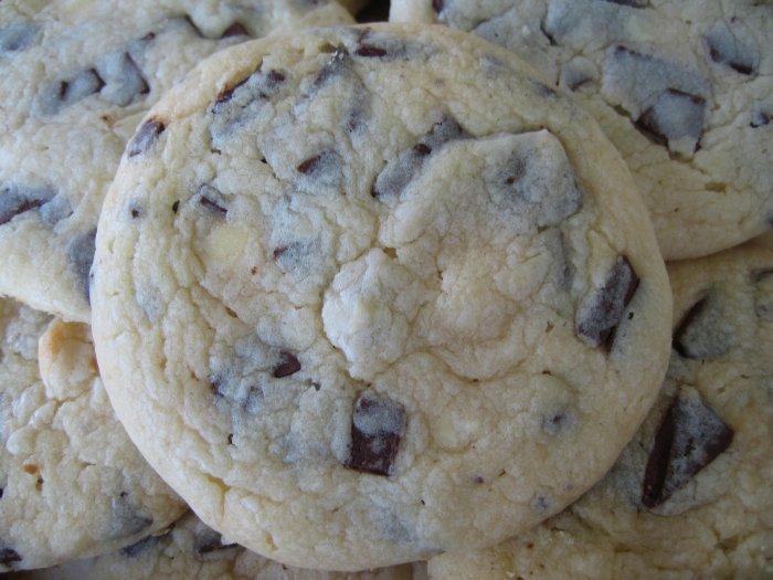 1 dozen Chocolate Chunk Cookies