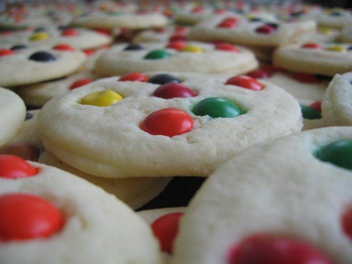 1 dozen M&M Cookies