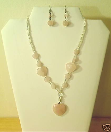 "17""-20"" Beautiful Hearts of Quartz Necklace/Earring Set"