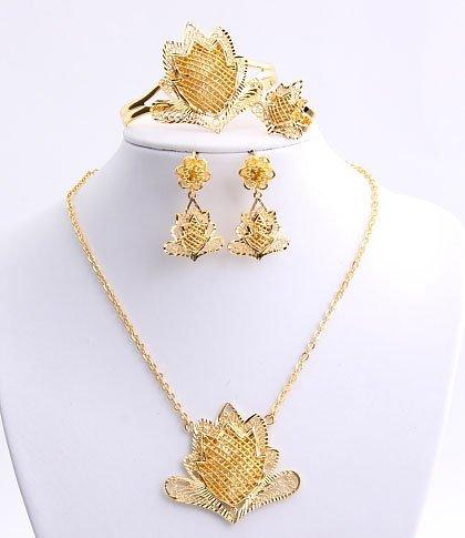 22k Gold Plated Necklace, Bracelet, Earring & Ring Set - No 33
