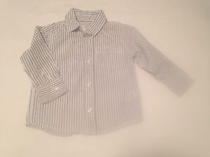 Old Navy, Toddler Boys, Size 2T,  Gray/White Striped, Front pocket